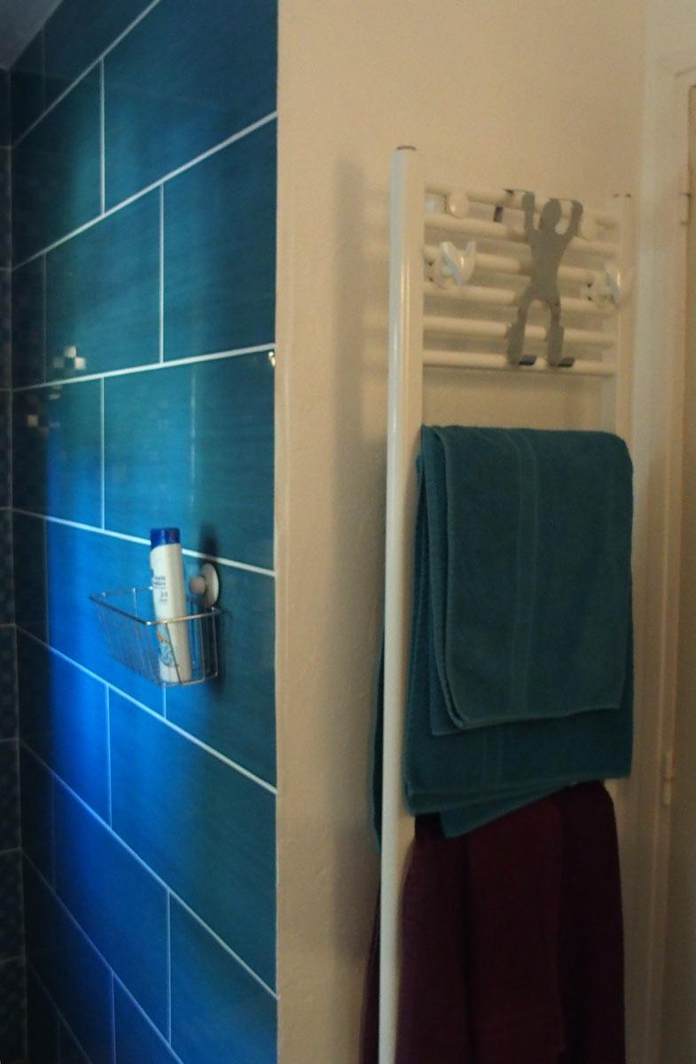 Das Bad zum unteren Schlafzimmer #7