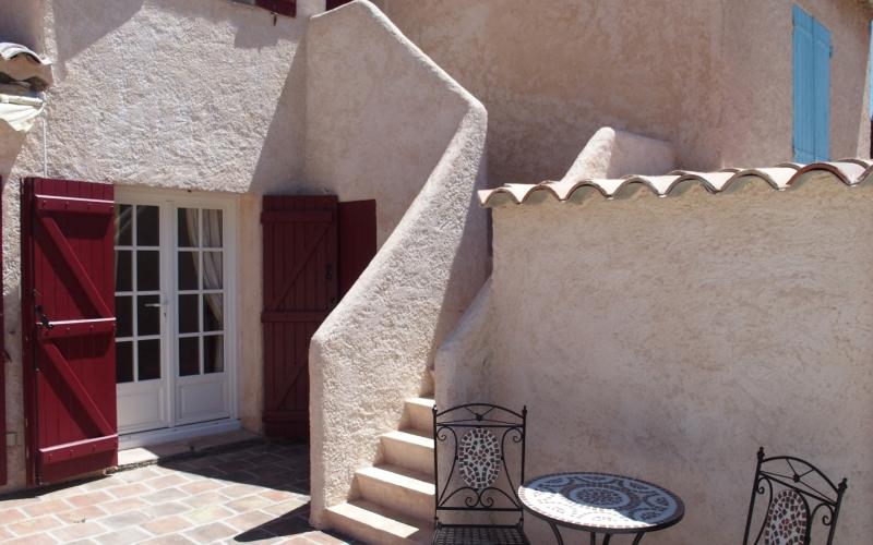 Außenanlage #9: Außentreppe zum Turmzimmer