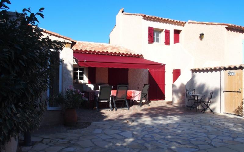Außenanlage #5: Die Terrasse
